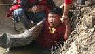 变形计独播:260斤顽童落水险被淹