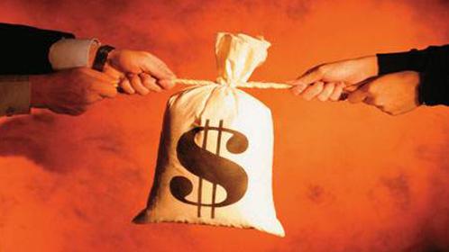 比特币首次涨破1700美元 是投机泡沫还是新黑马?