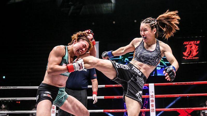 中国功夫ko视频_中国女拳手霸气 仅用一局一分半钟KO美国女拳手_功夫搏击_腾讯视频