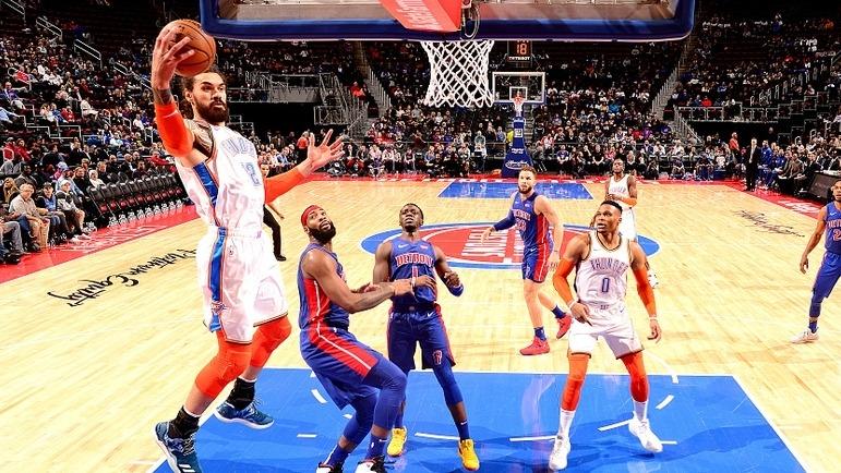 【花絮】弱不禁风易推倒的帕楚里亚!弗格森怕是也没料到自己能有这本事_NBA全场集锦