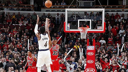 5日NBA十佳球 东契奇超难压哨 奥迪加时打板三分绝杀_TOP时刻