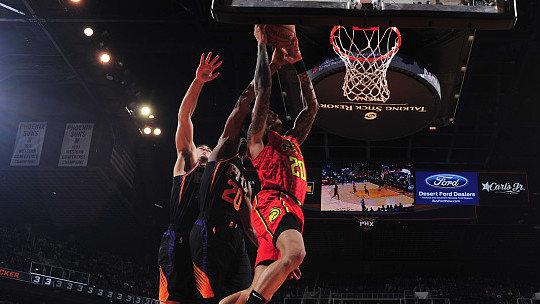 【原声回放】老鹰vs太阳第2节 林书豪欧洲步上篮_NBA全场回放