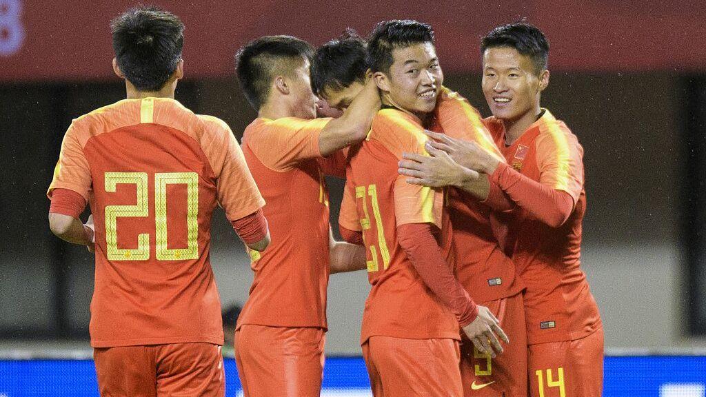 【原声】2018中国之队友谊赛:中国男足U21vs泰国男足U21 上半场_国足