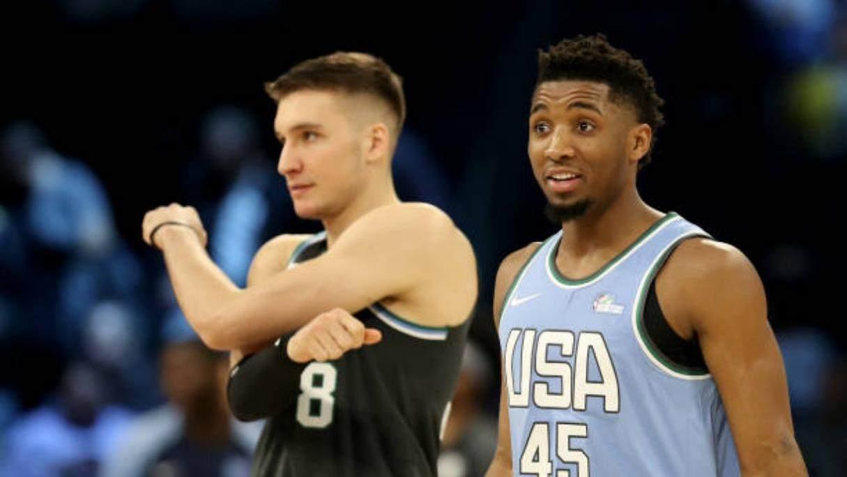 【原声回放】世界联队vs美国队第3节 科林斯360度滞空暴扣_NBA全场集锦