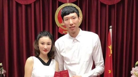 """08中国男篮再聚首寄语中国篮球!姚明写两遍""""在乎""""_CBA"""
