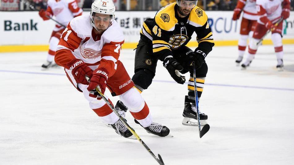 【进球】嚯嚯来了 红翼队霍华德送大礼狂野扳平比分_NHL比赛集锦