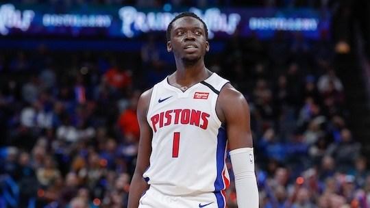 欧文肩伤复发归期未定 他将于本周接受专家治疗_NBA每日重磅