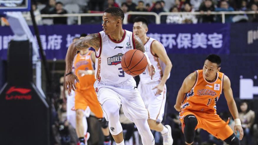 【回放】CBA第24轮:同曦vs上海第4节 王睿命中关键三分杀死比赛_CBA全场回放
