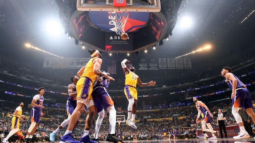 【原声回放】太阳vs湖人第3节 詹姆斯三分速射稳定军心_NBA全场回放