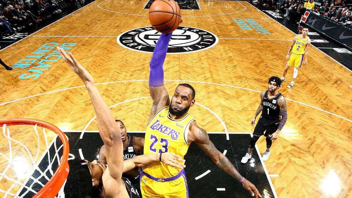 《NBA冷知识》马刺当年续约迪奥上演骚操作,若赛季不超重就奖励50万_全景NBA