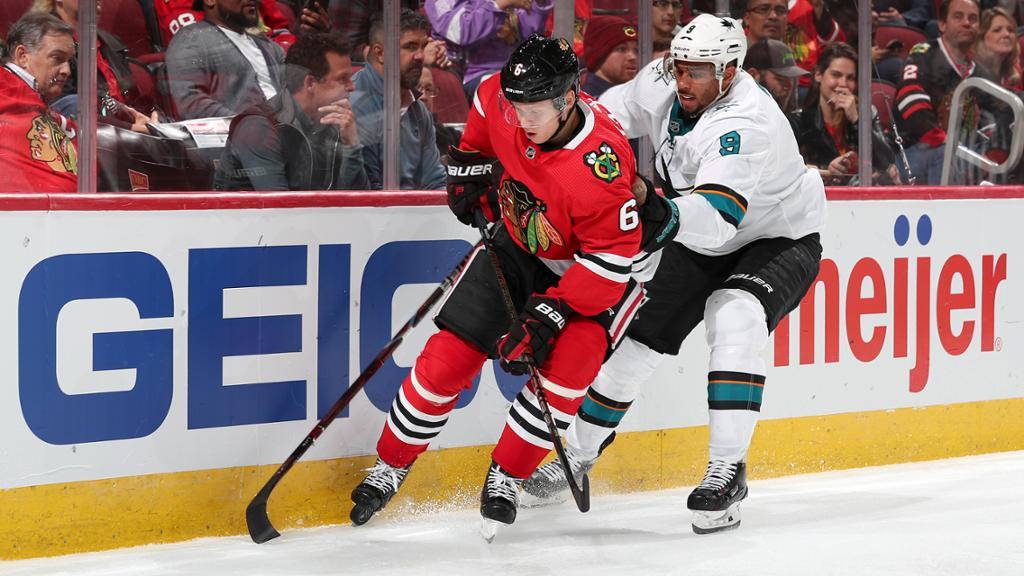 【回放】NHL常规赛 黑鹰VS鲨鱼 第二节_NHL比赛集锦