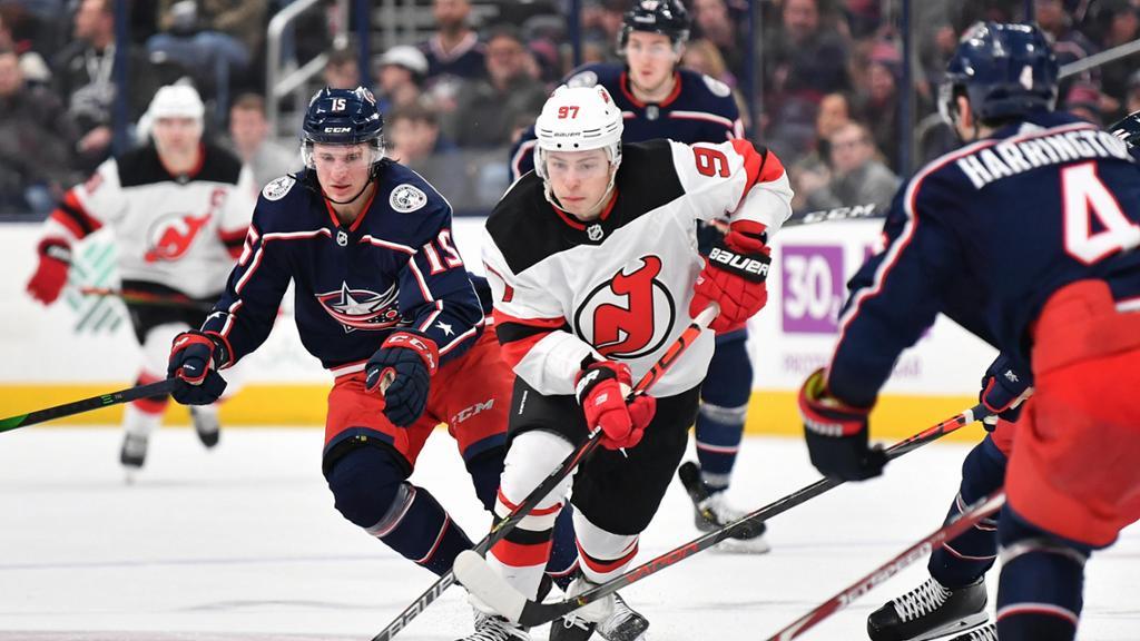 【进球】狂轰乱炸!蓝衣阿特金森梅开二度 门前丢球争抢终于拿下_NHL比赛集锦