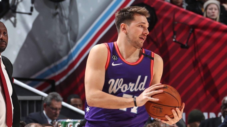 NBA放大镜:超人又双叒叕归来,回顾霍华德本赛季高光扣篮时刻_全景NBA