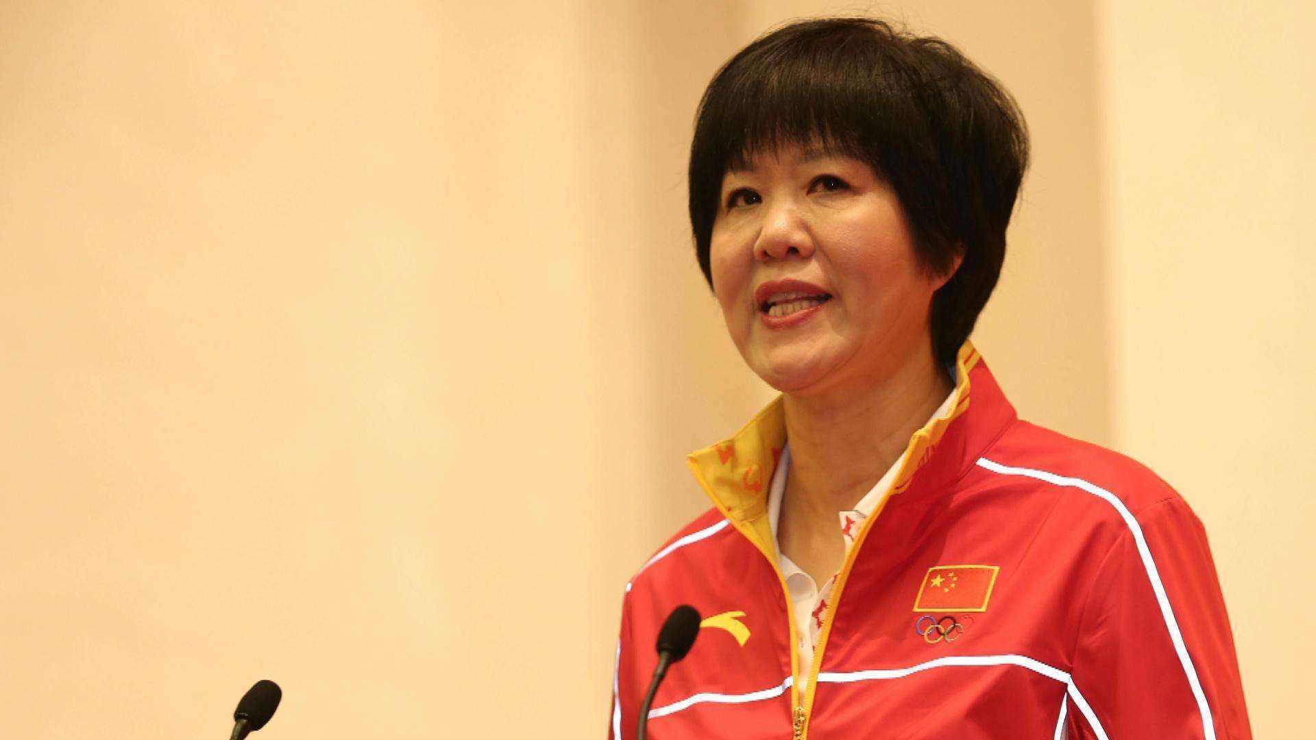 郎平回忆中国女排首个世界冠军:之前没夺冠是因为没捅破那层窗户纸_排球