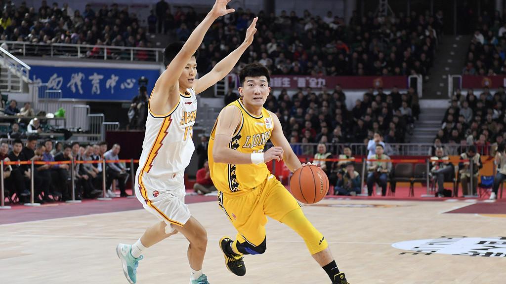 赛后采访李春江: 比赛虽然输了士气不能输 努力准备后面比赛_CBA全场集锦