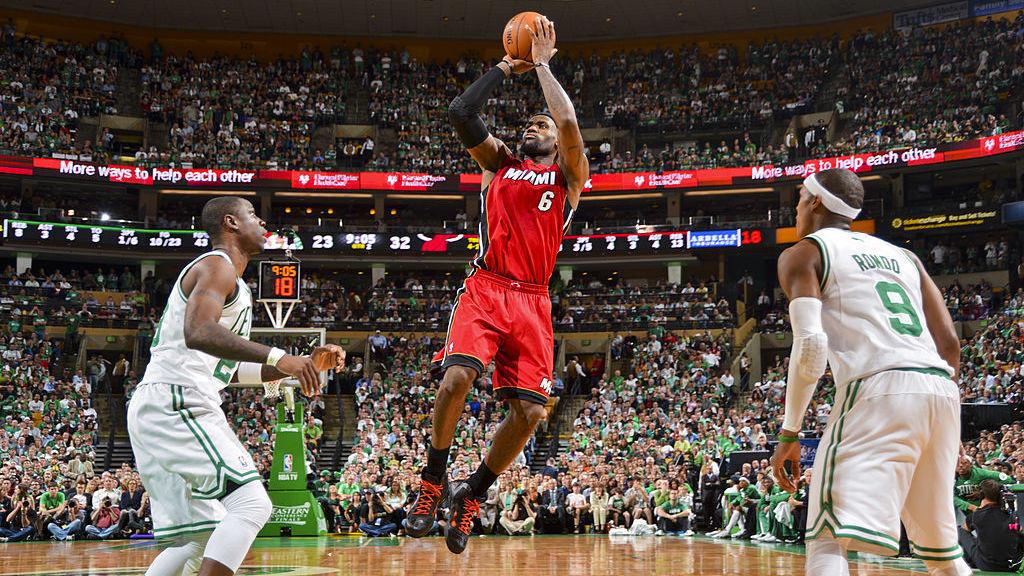 【回放】热火98-79凯尔特人 詹姆斯45+15+5挽救赛点强行拖入抢七_NBA全场回放