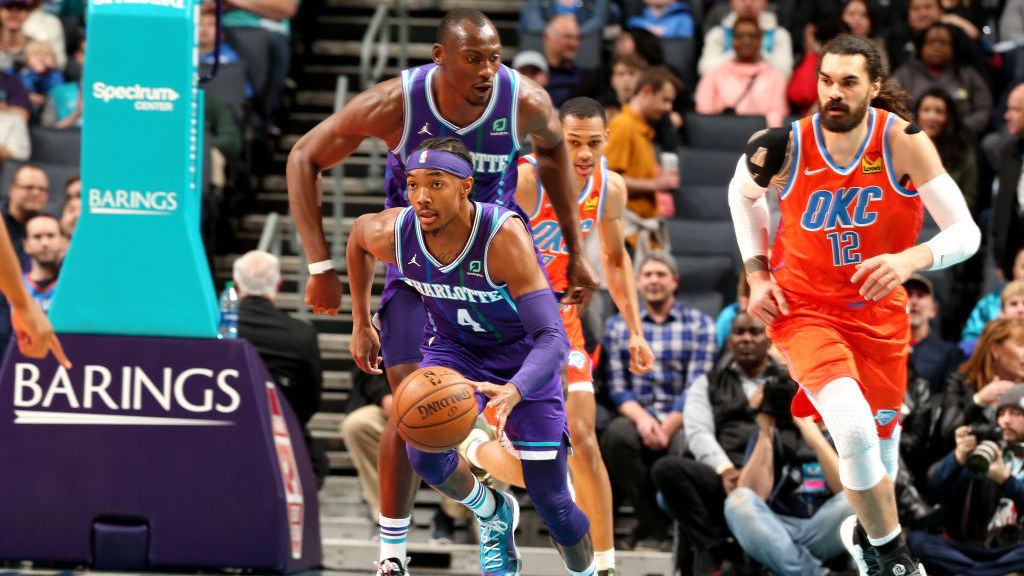 审时度势能力值满分!亚当斯跟进致命补篮锁定胜局_NBA全场集锦