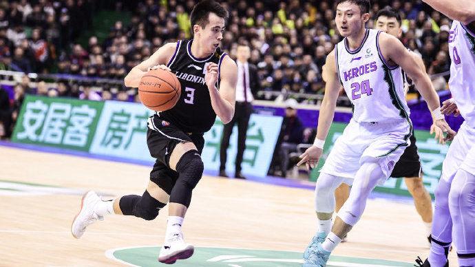 【回放】CBA第19轮:山东vs辽宁第3节_辽宁男篮