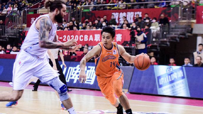 【回放】CBA第30轮:江苏vs上海第1节_CBA全场回放