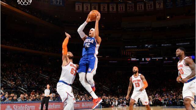 【原声回放】76人vs尼克斯第3节 科尔克马兹失衡投进神仙3+1_NBA全场回放