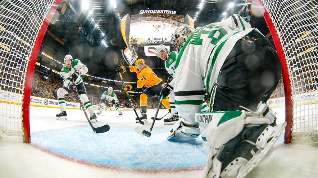 【回放】NHL常规赛 掠夺者VS星队 第一节_NHL全场回放