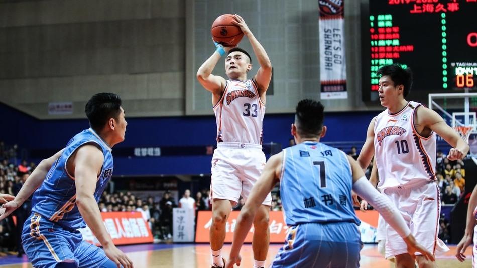 【回放】上海vs北京第2节 莫泰复刻姚明背运过人送助攻_CBA全场回放
