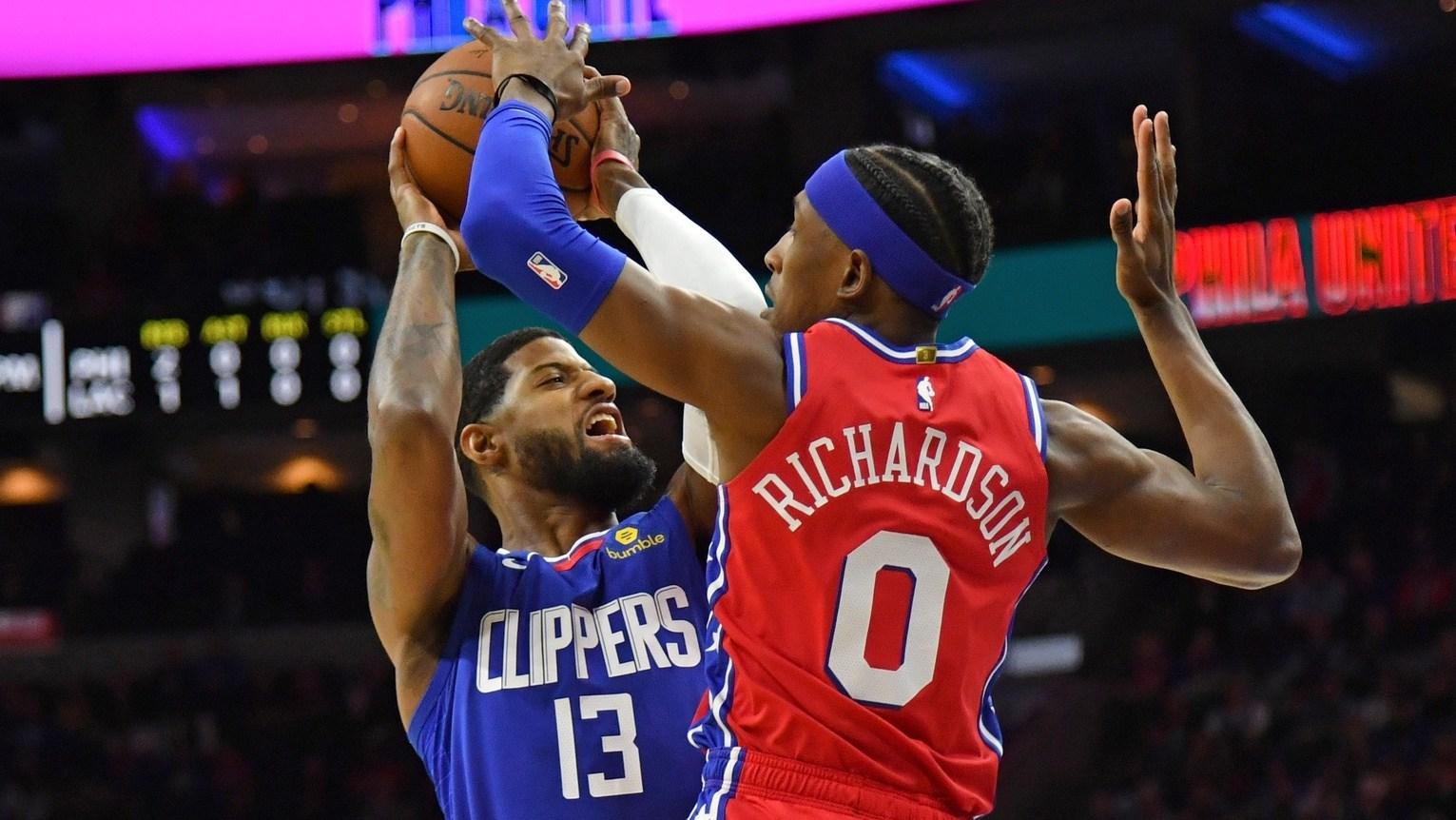 【原声回放】快船vs76人第2节 莱昂纳德带球直杀篮下勾手打进_NBA全场回放