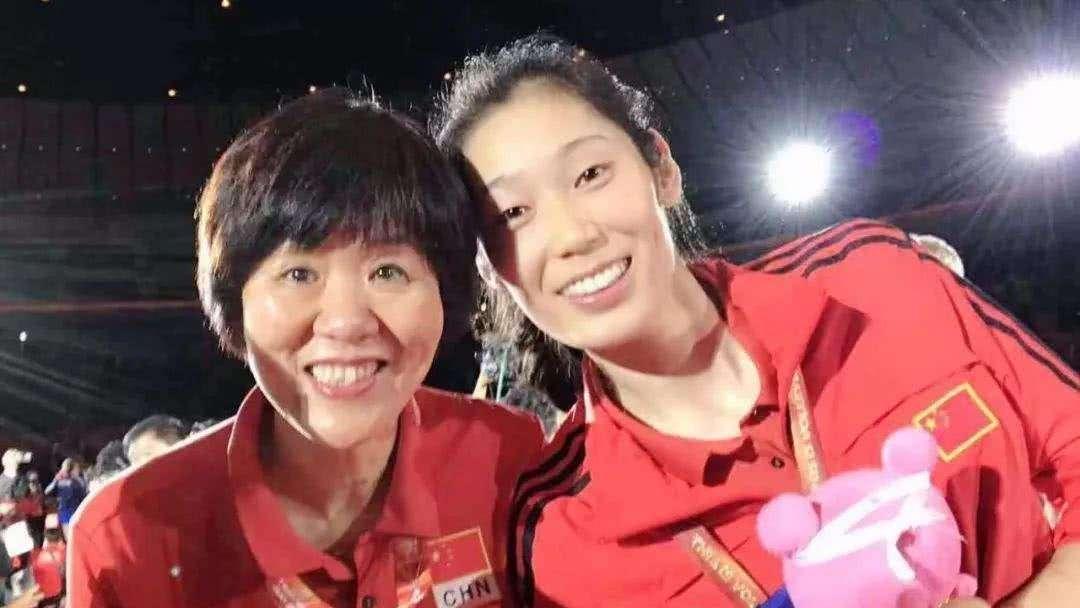 对阵奥运第三劲敌俄罗斯 18世锦赛中国女排3-1取胜颜妮队内最高分_全景排球