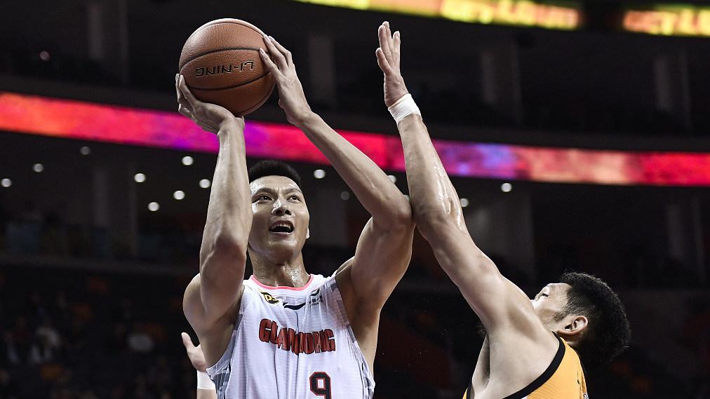 中国篮球的未来 小学生集体运球整齐程度令人发指_CBA